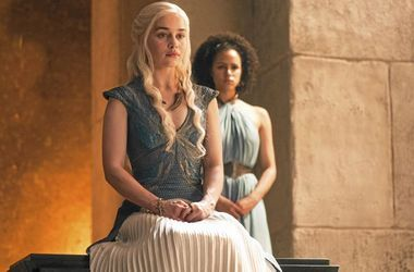 REPLAY - Game of Thrones : La saison 6 enfin en clair ! (C8)