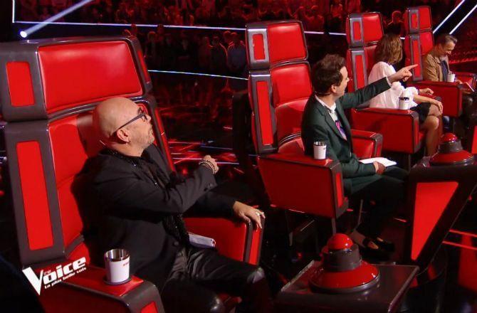 Audiences Tv Tf1 Et The Voice Leader Echec Pour Samedi C Est
