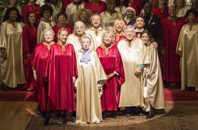 Noel En Famille REPLAY   En Famille, le prime (M6) Le Noël des Le Kervelec réunit