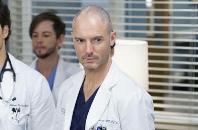 Grey's Anatomy : Qui est Richard Flood (Cormac Hayes), le nouveau médecin du Grey Sloan ?