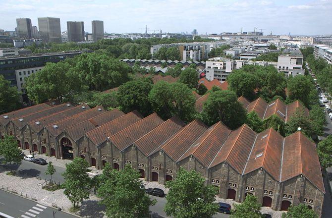 Les maisons insolites de paris france 5 une maison parisienne xxl - Maison parisienne ...