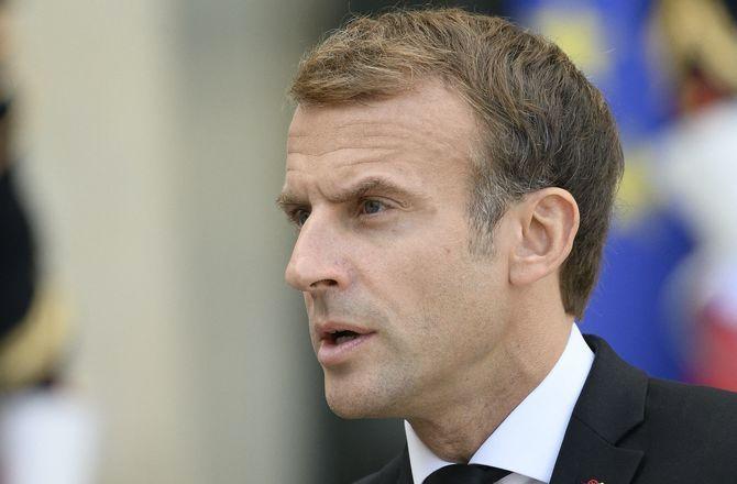 """Pourquoi Emmanuel Macron s'est-il agacé contre Marion Cotillard ? """"Elle me fait ch*er"""""""