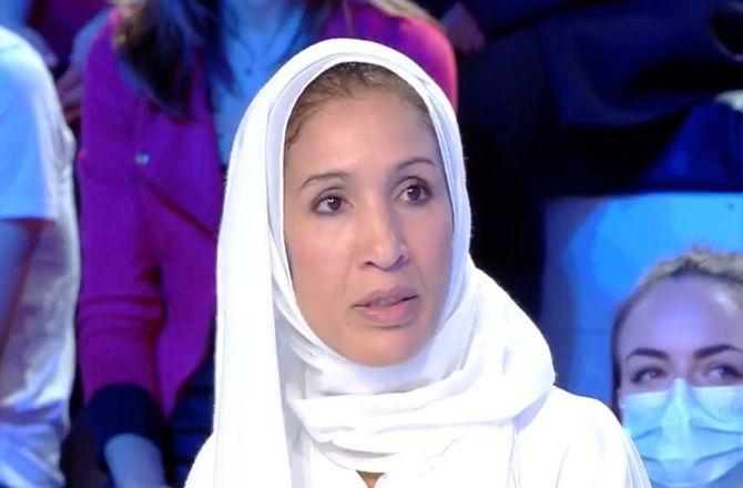Rachida, la femme qui a retiré son voile face à Eric Zemmour, menacée de mort (VIDEO)