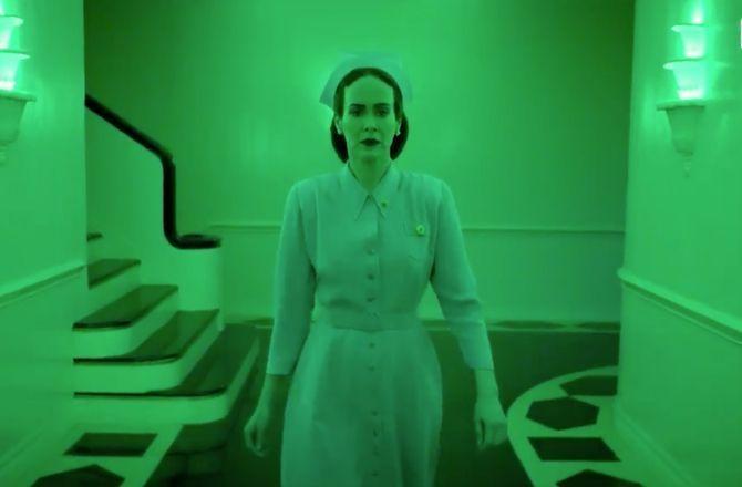 Sarah Paulson et Ryan Murphy dévoilent le trailer décapant de la série Ratched, bientôt sur Netflix (VIDEO)