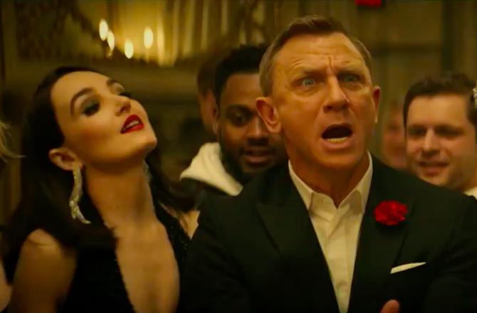 James Bond Parodie