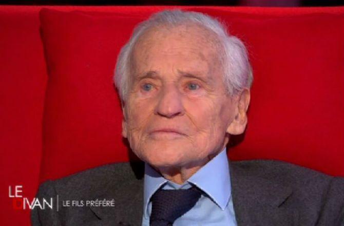 VIDEO - Le Divan (France 3)   Jean d Ormesson très ému à l évocation de son  père - News Télé 7 Jours 877586753d0b